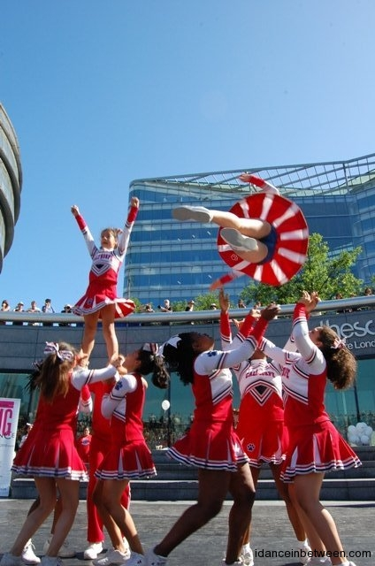 Young cheerleaders at London Youth Dance day